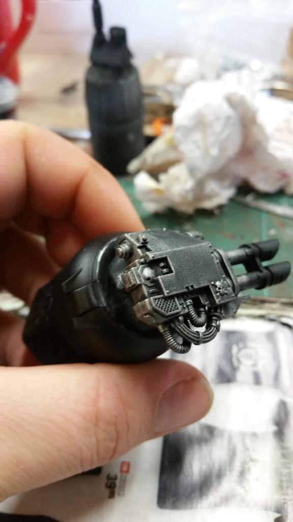 Et voilà le résultat du brossage à sec en Gun metal.